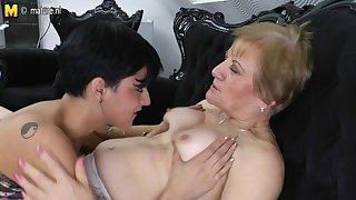 Horny Young Teen Pleases Hot Grandma - MatureNL