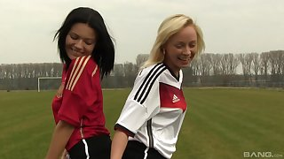Naomi Nevena plus Vanessa Decker enjoy lesbian dealings on the ground