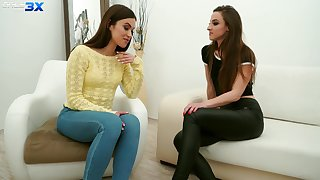Sexy travel soul Alyssa Reece is seduced by girl for kinky lesbian sex