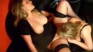 Mature Stockings Lesbian ID card And Sucking Pussy