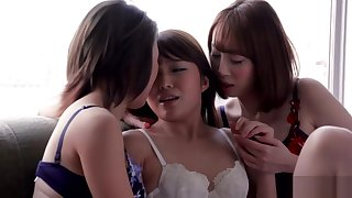 AYA KISAKI & SHINO AOI & AYUMI KUROKI - THREESOME INTENSE KISSING Coupled with SEX