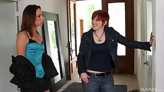 Amber Rayne invited over the brush lesbian friends for a threesome