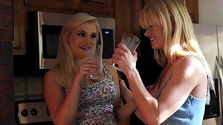milfs love milfs my english cousin katy jayne serene siren Lesbian GirlGirl