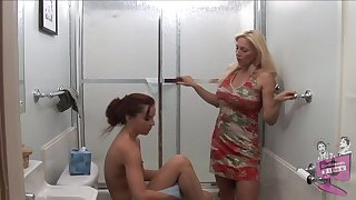 Elderly vs young lesbian porn video with Cindy Craves and AnnaBelle Lee